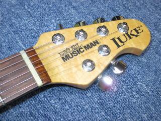Music Man LUKE、リペア、修理、ナインス、杉並、東京、ナット交換