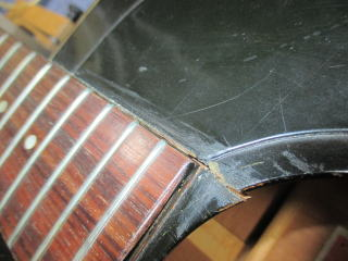 Gibson J-45 Deluxe、リペア、修理、ナインス、東京、表面板割れ