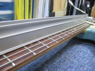 Fender Mustang、ナインス、東京、杉並、高円寺、リペア、修理、ネック反り