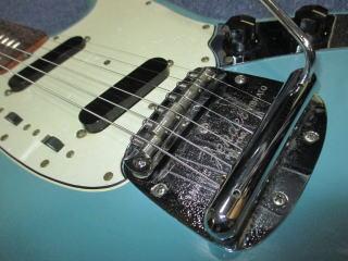 Fender Mustang、ナインス、東京、杉並、高円寺、リペア、修理、メンテナンス