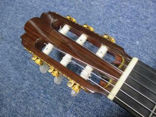 Hiroshi Komori No.20、クラシックギター、リペア、修理、調整、ナインス、東京、ナット調整