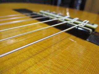 Hiroshi Komori No.20、クラシックギター、リペア、修理、調整、ナインス、東京、サドル調整